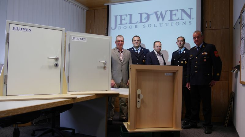 Türenhersteller  Türenhersteller JELD-WEN Deutschland unterstützt die Freiwillige ...